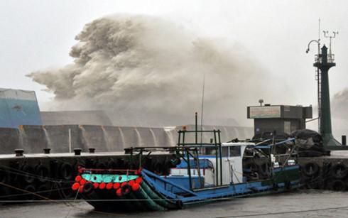 Siêu bão Meranti đổ bộ vào Đài Loan (Trung Quốc)