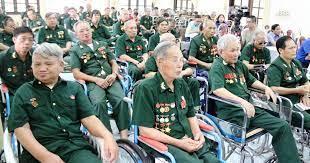 Hàng ngàn thương bệnh binh đang hàng ngày phải chịu những thương tật hành hạ vì một phần cơ thể các anh đã để lại nơi tiền tuyến.